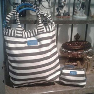 Henri Bendel Tote and Cosmetic bag New Without Tag